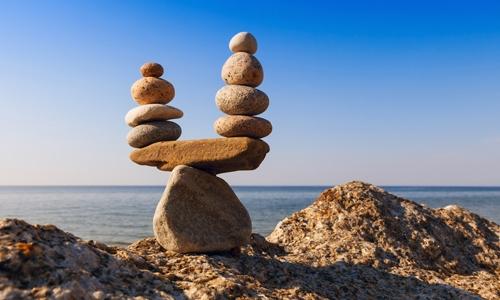 Flexibler Arbeitszeit - Steinkunst im Gleichgewicht